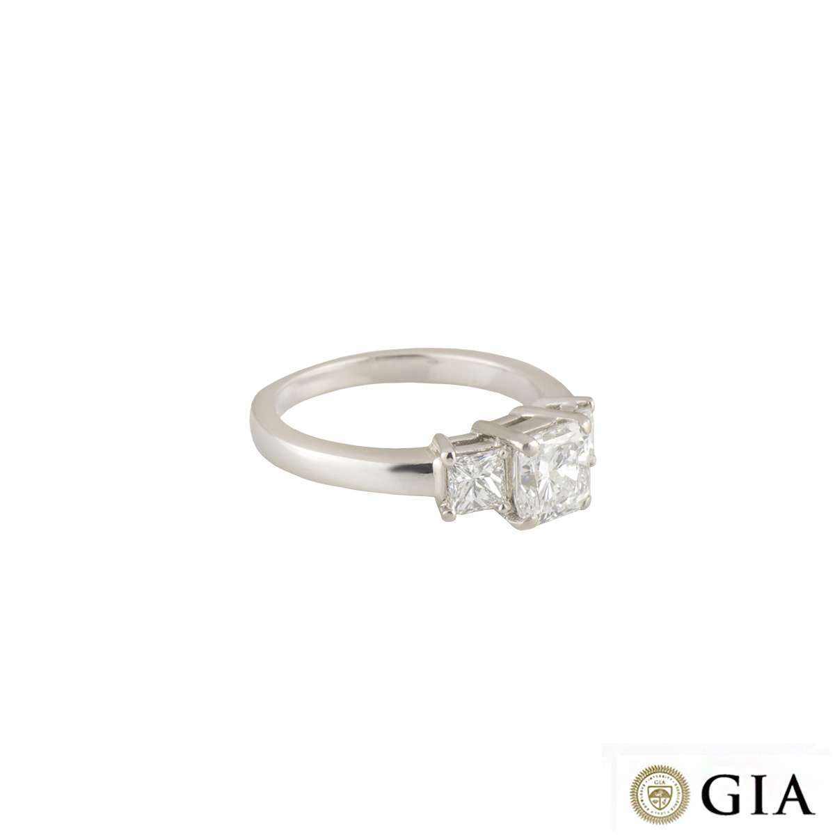 Diamond Trilogy Ring in Platinum 1.01ct E/VS2